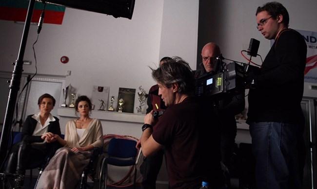 """Актрисата си партнира с Илияна Раева в дебютния филм на Мариан Вълев """"Лошо момиче"""""""