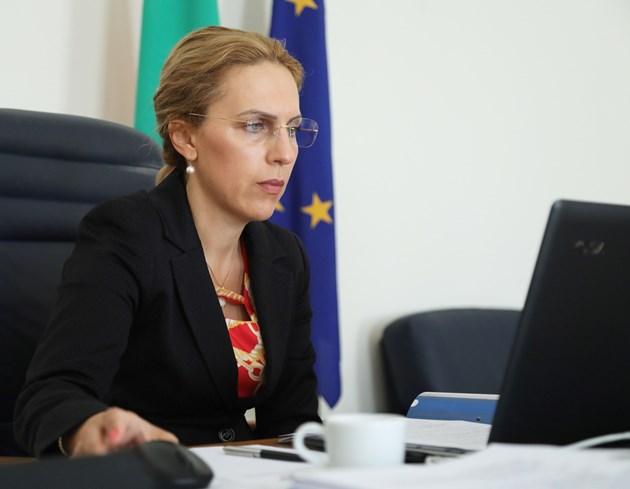 Туроператорите вече могат да подават документи за държавната субсидия от 35 евро