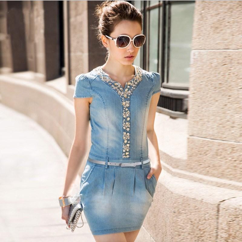 Носете дрехи от естествени материи като рокля от памук.