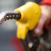 Цените на горивата у нас няма да минат 1,80 лв. до края на лятото