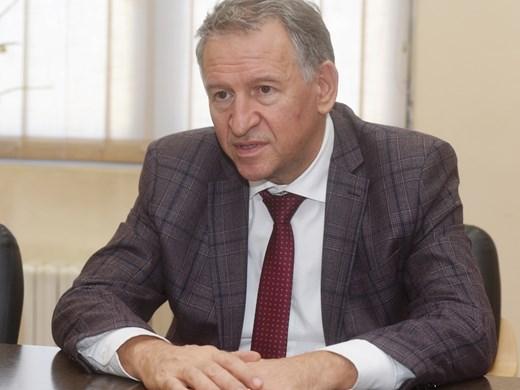 Стойчо Кацаров: Ситуацията е напрегната, това налага нови мерки, но не и локдаун