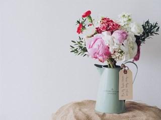 Какво казват цветята, които подаряваме?