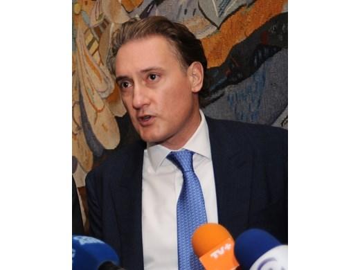 Кирил Домусчиев: Да, токът е скъп в цяла Европа, но никой не си позволява лукса да държи бизнеса без дългосрочни договори