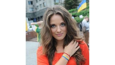 26-годишна красавица е митничар №1 в Одеса