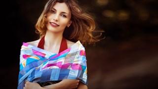 11 дрехи и аксесоари, които ни състаряват