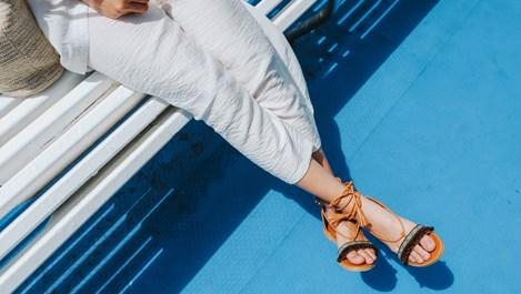 3 начина за премахване на лошата миризма от обувките