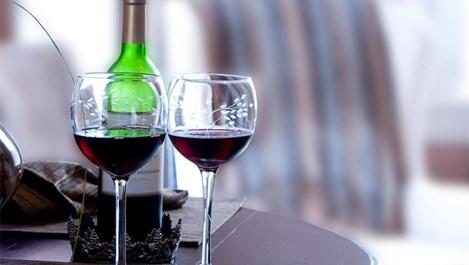 Червено вино вместо зъболекар