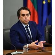 Асен Василев и Кирил Петков били положителни герои и май вратата към  правителство на Слави им остава отворена