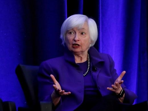 Джанет Йелън - първата жена, която ще оглави министерството на финансите на САЩ