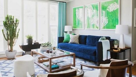 Синият диван - новият крал в интериора (галерия)