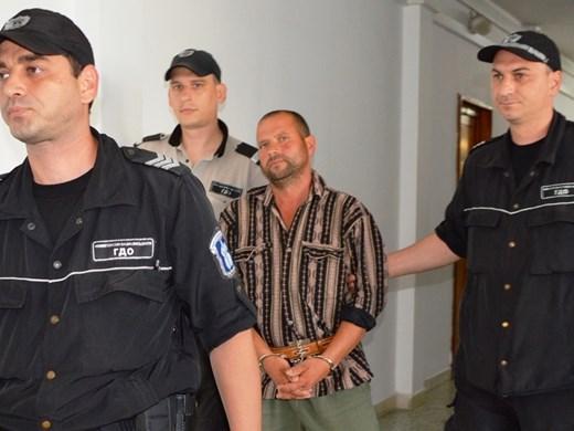 Арестуваха убиец, изгорил на клада жертвата си