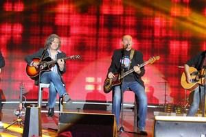 """Иван Лечев е част от """"Фондацията"""", с която направиха турнета по цял свят."""