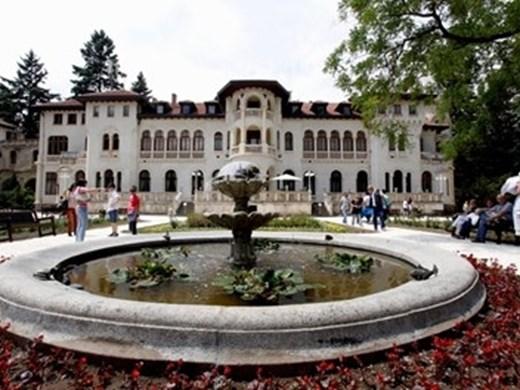 """Сакскобургготски: Българският народ няма да плаща за двореца """"Врана"""""""