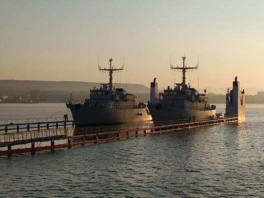 Два нови кораба на ВМС пристигнаха във Варна (Снимки)