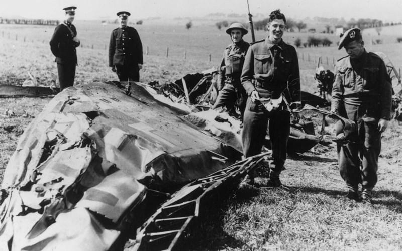 Останките от разбилия се самолет на Хес в Шотландия