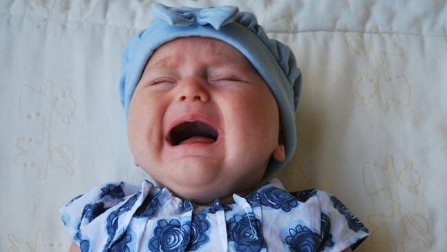Как да се държите, когато детето изпадне в истерия