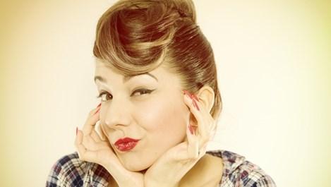 За какво подсказва окосмението по лицето при жените