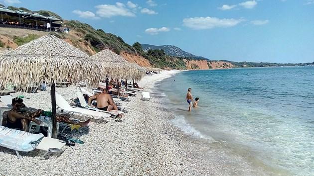 Кризата с почивките в Гърция се задълбочава