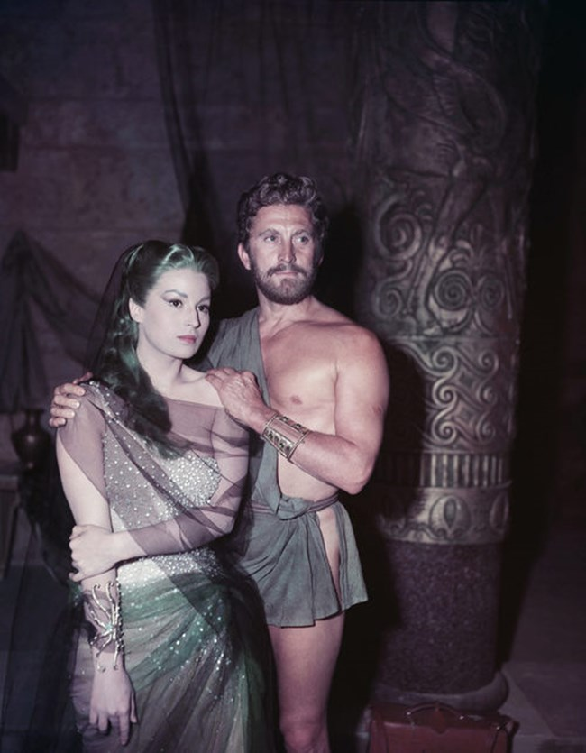 """Със Силвана Мангано по време на снимките на """"Одисей"""" на 11 юни 1953 г"""
