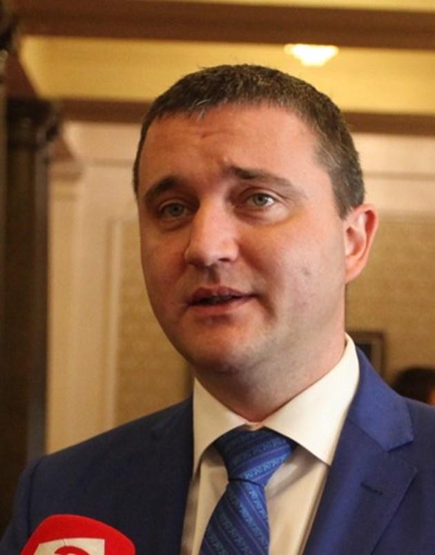 Парламентът обсъжда промени в закона за ДДС