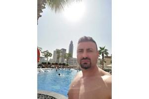 Голият Готи, който отиде за кебапчета до Дубай