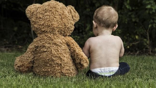 Нормално ли е детето ми да обича да бъде голо?