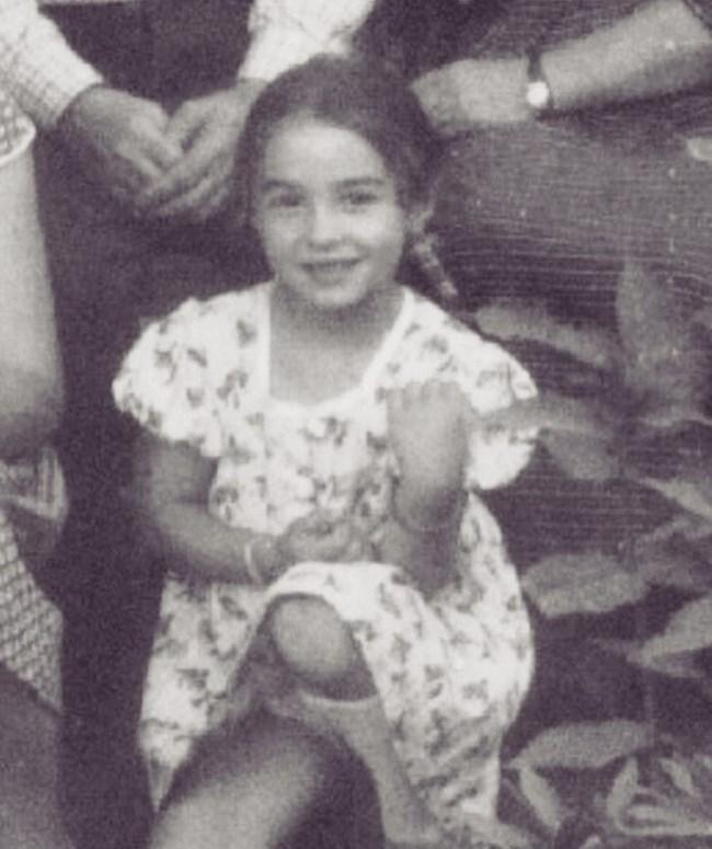 Маргарита Хранова от малка е винаги усмихната. Вина за позитивизма  имат и двамата  внуци - Иван и Кристиян.