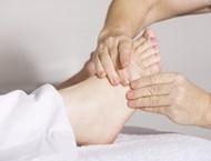 За какво помага масажът на стъпалата