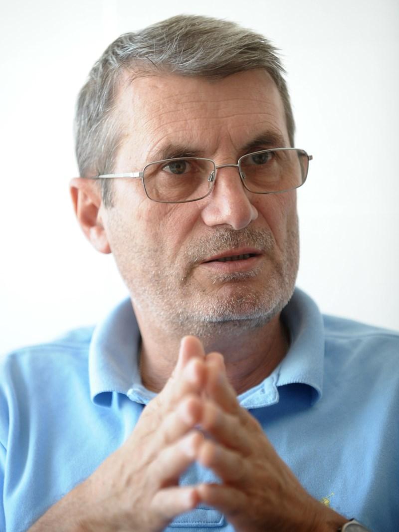 Доц. Христо Хинков