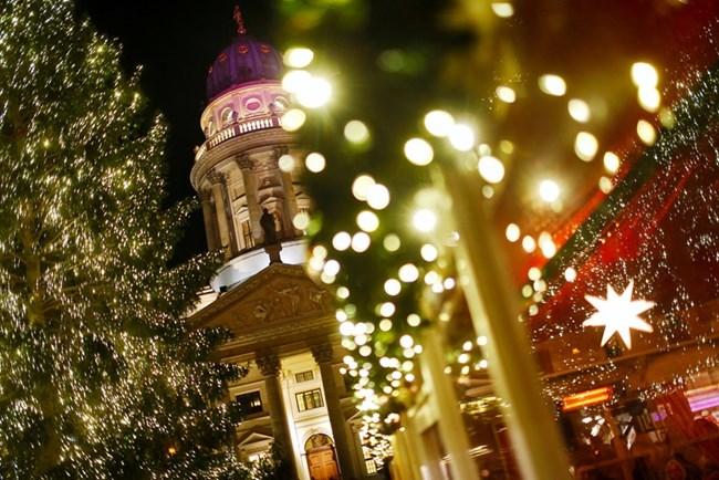 В Берлин тази година има 60 коледни базара