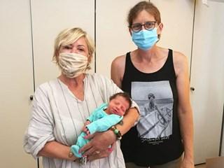 Австрийска туристка роди на италиански плаж, не знаела, че е бременна