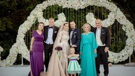 Приказната сватба на Виолета Сиракова (снимки)