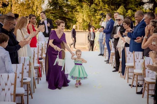 Илияна Раева с малката Илиана