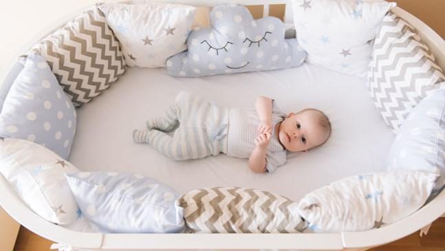 Кое е най-подходящото легло за бебето?