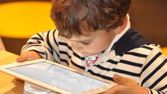 Има ли детето ми зависимост към компютъра?