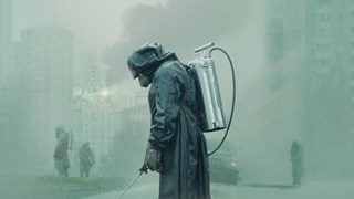 """Защо сериалът """"Чернобил"""" поразява света"""
