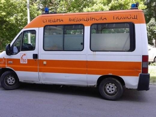 Автобус помете възрастна жена във Варна