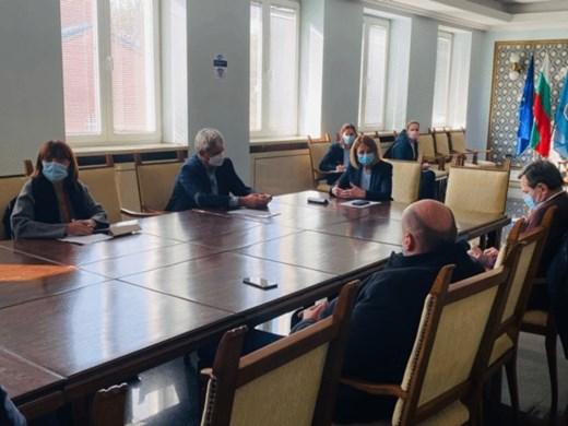 Фандъкова потвърди увеличението на заплатите в градския транспорт
