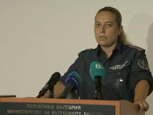 СДВР: Изградени са плътни барикади, линейки не могат да минават