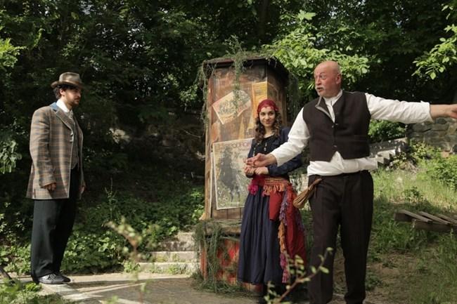 """Карла в сцена от историческата драма """"Ботев"""""""