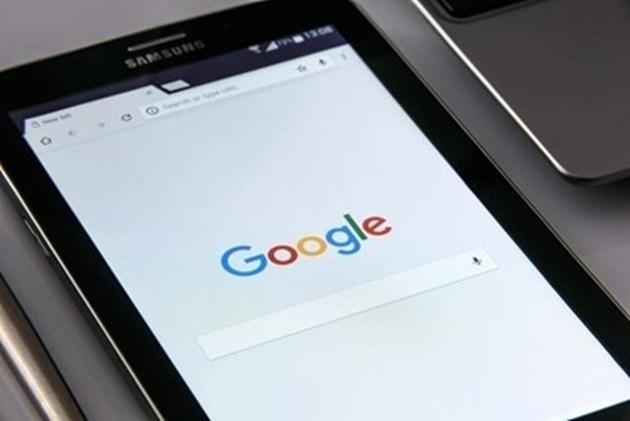 """Може ли """"Гугъл"""" да """"ремонтира"""" новинарския бранш, за чието разбиване допринесе ?"""