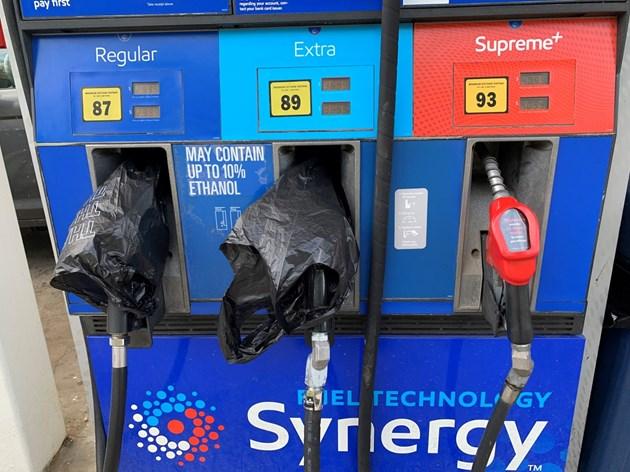 Цената на бензина в САЩ достигна рекордно равнище заради хакерската атака