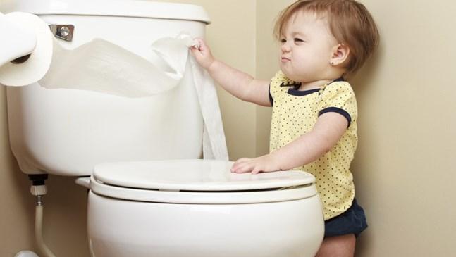 Какво да правя, ако детето има хроничен запек?