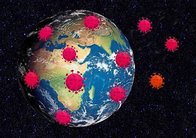 Приемането на несигурността и преборването на безпокойството са два научно базирани подхода за справяне със страховете от разпространението на вируса