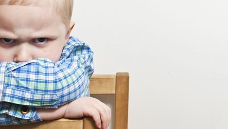 Защо децата ревнуват родителите си