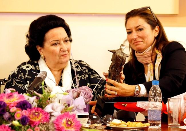 Оперната звезда заедно с дъщеря си в България през 2013 г.