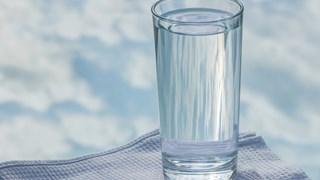 д-р Михайлов: При първи симптоми 1 с.л. английска сол с вода и 24 часа глад
