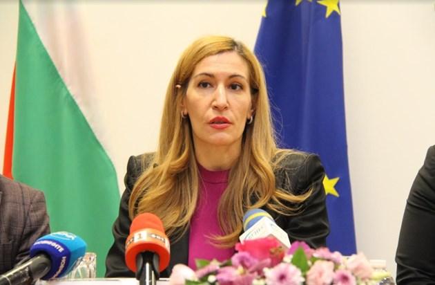 Ангелкова: С механизма за организиран туризъм бихме привлекли поне 300 хил. нови туристи