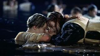 """Защо героят на Ди Каприо не оцеля в """"Титаник""""?"""
