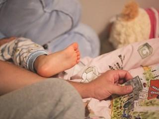 Как да се справите с напикаването в детска възраст